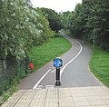 Cycleway heading east - geograph.org.uk - 904590.jpg