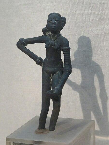 File:Dancing girl. Mohenjodaro.jpg