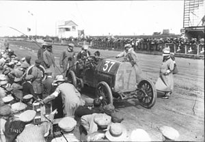 David Bruce-Brown - Image: David Bruce Brown in his Fiat at the 1912 French Grand Prix at Dieppe (10)