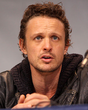 David Lyons (actor) - Lyons speaking at the 30 March 2013 WonderCon in Anaheim, California.