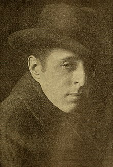 O director cinematografico estatounitense D. W. Griffith en 1916.