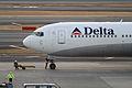 Delta B767-300ER(N175DZ) (4331598542).jpg