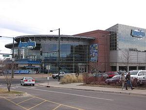 Downtown Aquarium, Denver - Exterior view from the parking lot