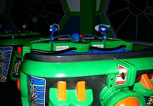 Buzz Lightyear attractions - Image: Disneyland Mar 6 051