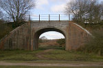 File:Disused railway bridge - geograph.org.uk - 31562.jpg