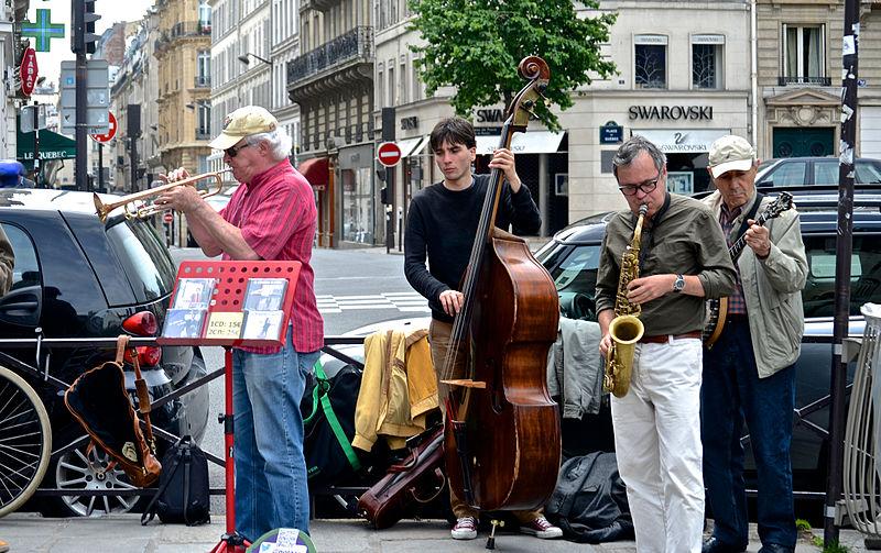 Festas em Paris em maio