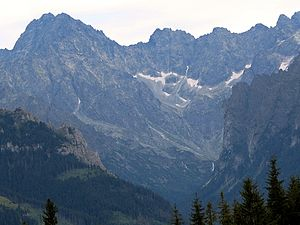 Gerlachovský štít - Gerlachovský štít (left) viewed from Bielovodská Valley