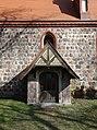 Dorfkirche Golzow (Barnim) 2018 Südportal.jpg