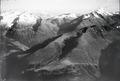 ETH-BIB-Piz Medel, Cristallina Pass, Piz Scopi v. N. aus 2500 m-Inlandflüge-LBS MH01-003936.tif