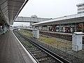 East Croydon Station platform 2 - geograph.org.uk - 1253250.jpg