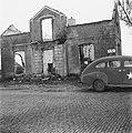 Een van de 105 huizen die door de Duitsers in brand zijn gestoken als represaill, Bestanddeelnr 901-0091.jpg