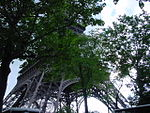 Eiffel Tower, Paris May 2004 002.jpg