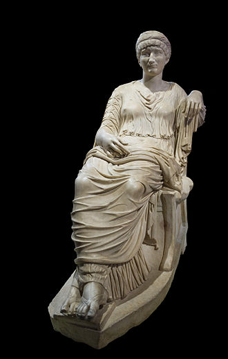 Helena (empress) - Seated statue of Helena in Musei Capitolini, Rome
