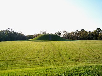 Plaquemine culture - 2 mounds superimposed on top of Emerald Mound