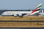 Emirates, A6-EOE, Airbus A380-861 (43666587104).jpg
