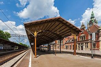 Gdańsk Główny railway station - Image: Estación de FFCC, Gdansk, Polonia, 2013 05 20, DD 06