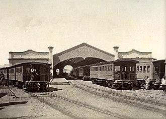 Del Parque railway station - Image: Estación del Parque (2)