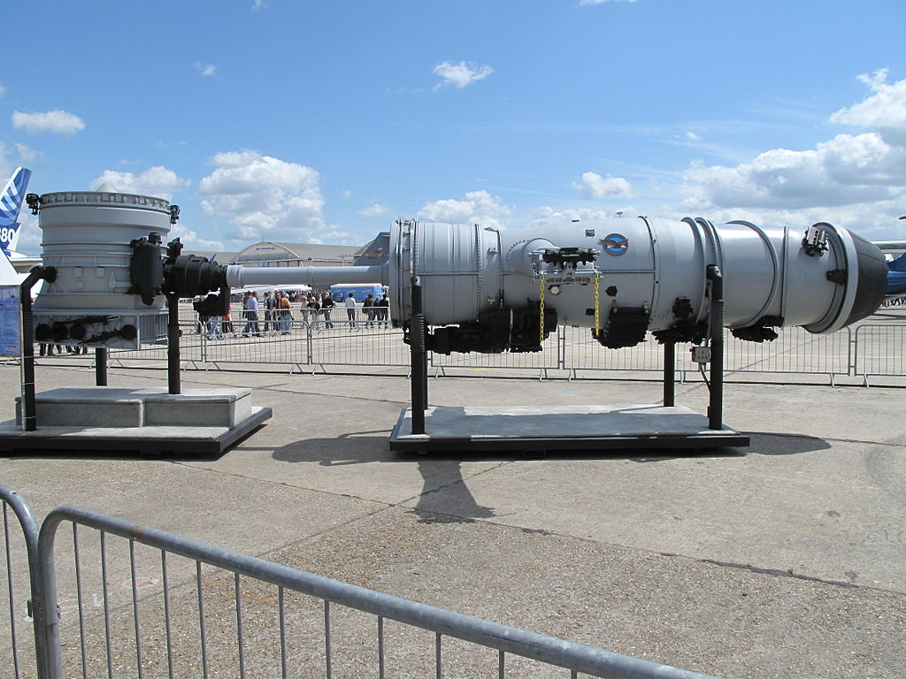 ... -Royce LiftSystem for a F-35B Lightning II at the Paris Air Show 2009