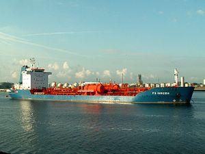 FS Vanessa p2-1 at the Calland canal, Port of Rotterdam, Holland 08-Jul-2006.jpg