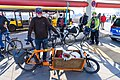 Fahrraddemo zur Schließung des Flughafens TXL mit Hunden und Pinguinen (50581835203).jpg