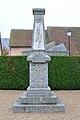 Fay-aux-Loges monument aux morts.jpg