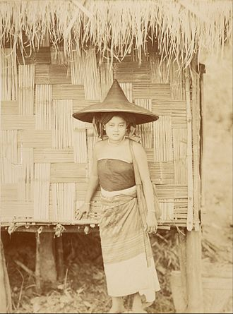 Shan people - 1889 photograph of a Shan woman