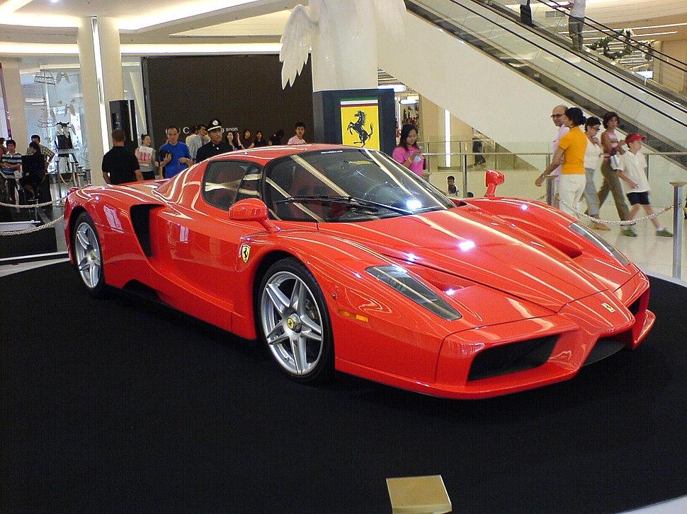 Ferrari Enzo im Siam Paragon Bangkok