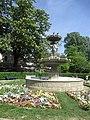 Fontaine du Cirque.jpg