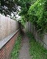 Footpath - Leeds Road - geograph.org.uk - 841817.jpg