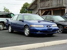 Ford Taurus SHO (second-gen).jpg