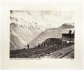 Fotografi av berg och stuga i Schweiz - Hallwylska museet - 103177.tif