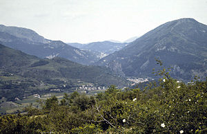 Castellane - Castellane and Le Roc from above