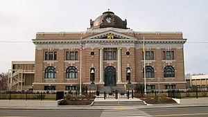 Franklin County Courthouse in Pasco, Washington.JPG