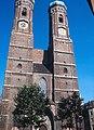 Frauenkirche Munich 1976.jpg