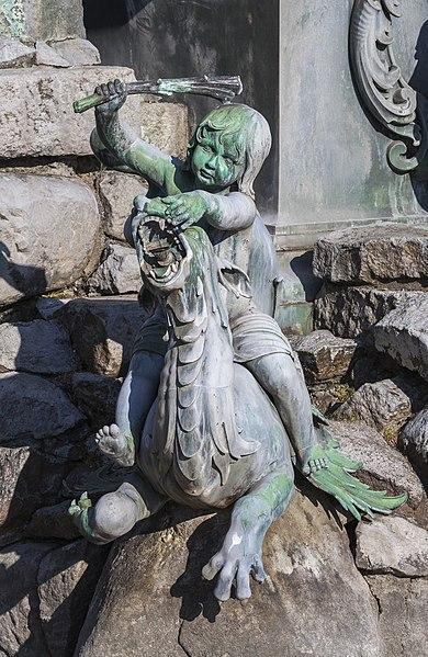 File:Fuente de Neptuno, Núremberg, Alemania, 2013-03-16, DD 06.JPG