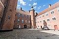 Gammel Estrup (Norddjurs Kommune).Hovedbygning.Baggård.2.707-112730-1.ajb.jpg