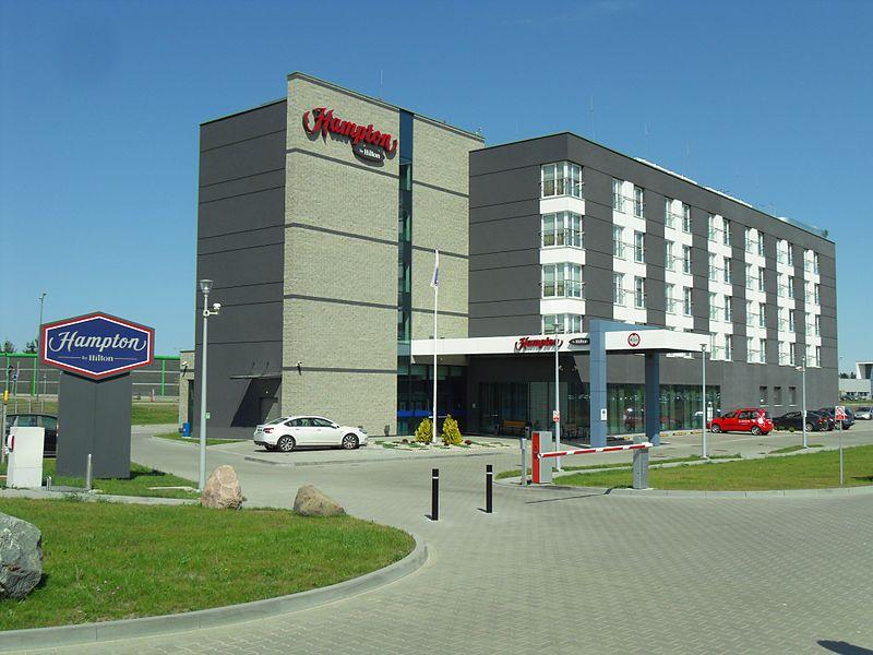 Hampton By Hilton Gatwick North Terminal Family Room