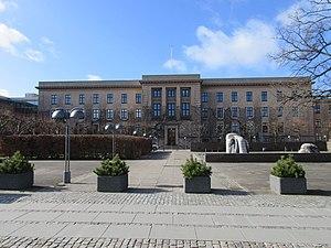 Gentofte Town Hall - Image: Gentofte Town Hall 01