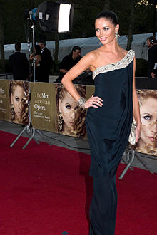 Georgina Chapman at Met Opera.jpg