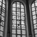 Glas in loodvenster in het bovendeel van het koor - Gouda - 20081867 - RCE.jpg