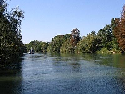 Gournay-sur-Marne - Marne - 1.jpg