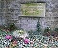 Grab Manfred von Ardenne Weißer Hirsch 1 (cropped).jpg