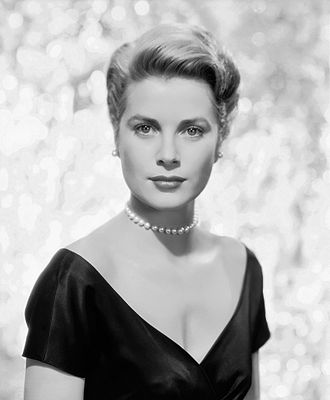 Grace Kelly - Grace Kelly in 1955