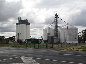 Keith, South Australia - Grain silos by the railway at Keith