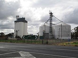 Keith, South Australia - Grain silos by the railway at Keith