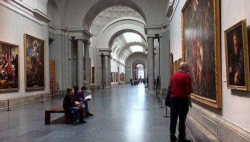 Grand hall d'exposition au Musée du Prado