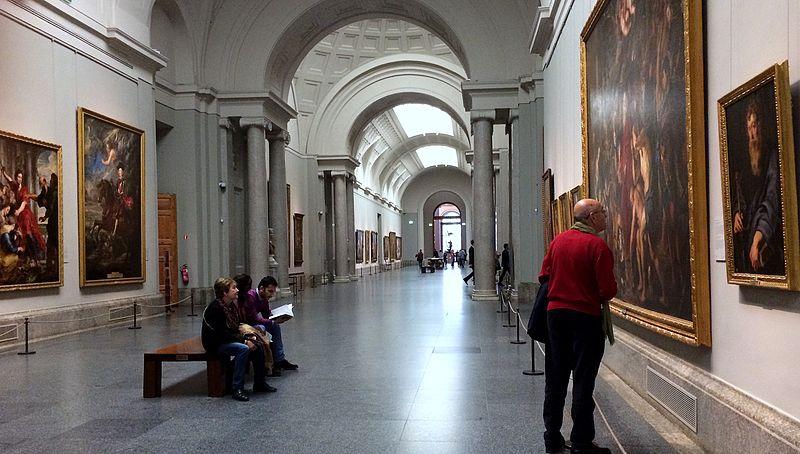 File:Grand hall d'exposition au Musée du Prado.JPG