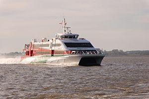 Halunder Jet (ship, 2003) 2011-by-RaBoe-19.jpg
