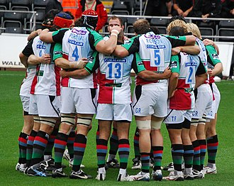 Harlequin F.C. - Harlequins in a huddle during the 2008–09 season.