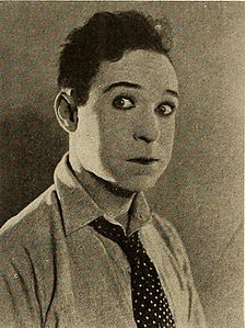 Harry Langdon.jpg